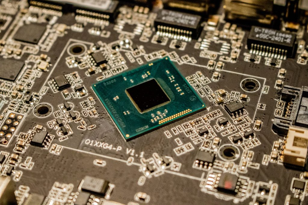 CPU vs GPU vs TPU: Understanding the Difference Between Them